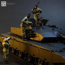 Production of Military Models of Chinese Modern Tankers(China)