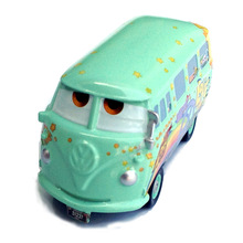 Pixar Cars Diecast Fillmore Metal Toy Car For Children 1:55 Volkswagen Transporter Bus Children's alloy racing model