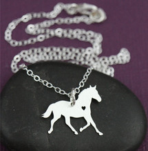 Fashion Personalized Horse Necklace Horse Lover  Necklace Tiny Animal Horse Pendant Necklace For Women