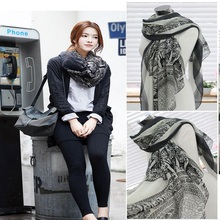 Vintage Women Lady Soft Long Neck Scarf Wrap Striped  White Porcelain Pashmina Bandana Warm Scarves Cheap Foulard