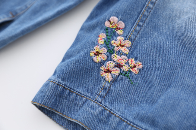 Baby Girls Denim Jacket 2018 Fashion Children Outerwear Embroidery Flowers Jeans Coats For Girl Kids Autumn Clothing