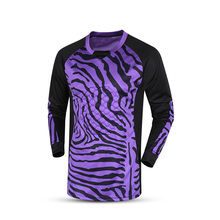 Sporting 2017 goalkeeper jersey long sleeve custom thai quality men's goalkeeper shirts sponge jerseys football training jersey(China)
