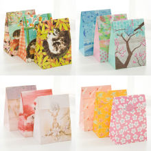 (3 pieces/lot) Fresh Graffiti Paper Bag Gift Flower Packaging Bag Wedding Christmas Gift Bag