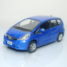 Brand New UNI 1/36 Scale Japan HONDA FIT Diecast Metal Pull Back Car Model Toy For Gift/Children/Collection