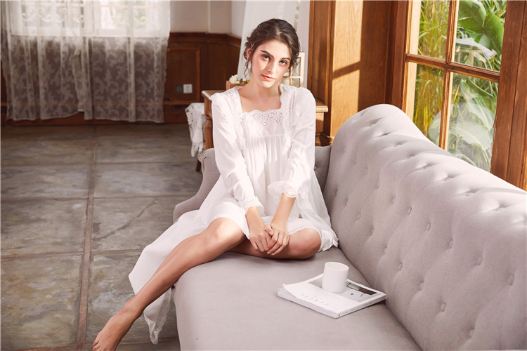2018 New 2 Piece Robe Set Lace Chemise Full Slips with Victorian Robe Retro Palace Robe Gown Set GT046 31