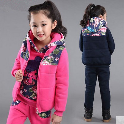 Free shipping new arrival winter fashion children clothing set leisure 100% sweater+pants+vest girl suit<br>