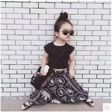 INS 2017 Children Summer Girls Black T shirt Loose Harem Pants clothing sets floral fashion Kids Style street shooting Clothes(China)