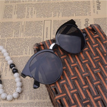 Fashion Sunglasses Women Popular Brand Design  Sunglasses Summer HD  Lens Sun Glasses With Original Case UV400