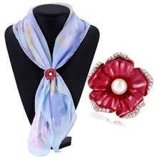 3 Color Chic Flowers Three-Ring Crystal Rhinestone Scarf Buckle Gold Channel Pins  Clasp Scarves Loop Circle for Women 1X076