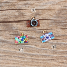 13*14mm Kawaii Retro camera Shape Charm For diy Bracelet Key ring jewelry pendant supplies Decoration, Metal alloy Oil drop