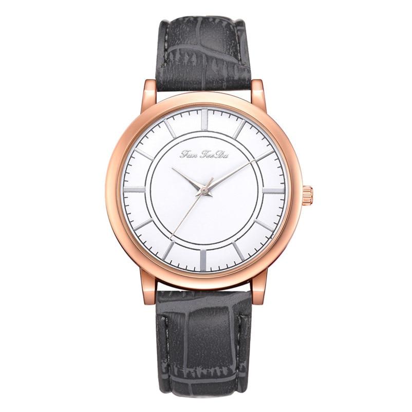 2018 High Quality women fashion casual watch luxury dress ladies  Analog Quartz Leather bands Wrist Watch clock Relogio Y11 (2)