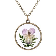 Antique Bronze Color Glass Floating Locket  Dried Flower Real Daisy Necklaces Women Round Shaped Necklace DIY Jewelry