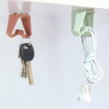 Practical Cabinets Ceiling Hook Key Holder Organizer Table Desk Hanging Rack Kitchen Accessories(China)