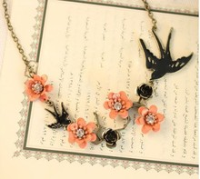 BS1981 Fashion vintage swallow carved Rhinestone necklace for women design Peach blossom lovely charm necklace wholesale(China)