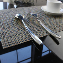 4pcs/set PVC line weaving Plastic Placemats for Dining Table Runner Linens place mat in Kitchen Accessories Cup Wine mat