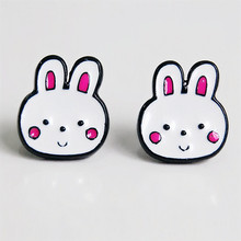 Daisies 1Pair Fashion Enamel Rabbit Baby Stud Earrings Vintage Statement Earrings for Women Jewelry