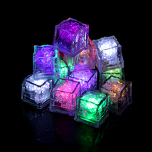 24 Pcs/lot Novelty LED Glow Ice Cubes Color Changing Cup Light Without Switch Flashing Lamps Wedding Party Decoration Lights