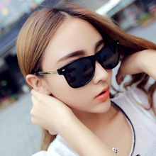 2017 Fashion Rivet Galsses Women Tidal Star Frog Mirror PC UV400 Sunglasses(China)