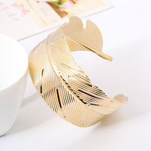 2016 West New Bracelet Fashion Leaves Big Arm Ring Factory Direct Summer Must-Thin Fashion Bracelets