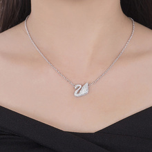 Aitunan Classic Rhinestone Black Swan Necklace Pendent Collar Bone Chain Rose Gold Color Silver Color Necklaces Fashion Jewelry(China)