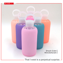 Fashion Colorful 500mL Glass Water Bottle Glass Beautiful Gift Women Water Bottles with Protective Silicon Case New Arrival