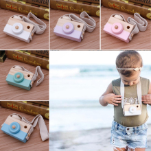 Mini Wooden Camera Cute Toys Safe Natural for Baby Children Fashion Clothing Accessory In Children's Room And For Travel(China)