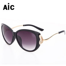 Sunglasses female Women Brand Designer Round Alloy Polarized Uv400 Alloy Unisex Metal Decoration Clear Sunglass For Summer(China)