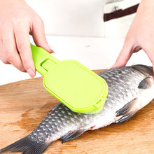 Random 20 * 5.5cm ABS Stainless Steel Scraping Scale Kill Fish With Knife Machine Creative Multipurpos(China)