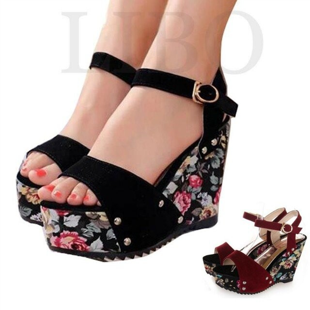 2017 New Summer womens Floral thick crust slope high-heeled black flock national wind strap comfortable wedges sandals<br><br>Aliexpress