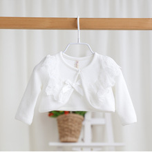 2017 New Baby Girl Cotton Lace Cape With Bow Soid White Tippet Shawl Cute Princess Short Cardigan Waistcoat Infant Clothes 9m1t(China)