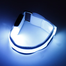 2017 Multi Colors Arm Warmer Belt Bike LED Armband LED Safety Sports Charged Belt For Outdoor Activities New Style