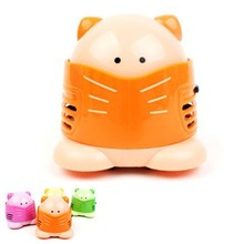 mini vacuum cleaner Designers Cat cartoon body home desktop keyboard car dust small hand held vacuum cleaner dust for home(China)