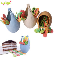 Delidge 1 set Leaf Shape Fruits Fork Wheat Straw Home Table Decor Toothpick Dessert Leaves Shape Fruit Cake Forks Barrel Holder(China)