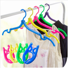 1pcs Coat Hanger Storage Rack Portable Foldable Hanger Folding Plastic For Travel Holiday Durable Clothes Organizer