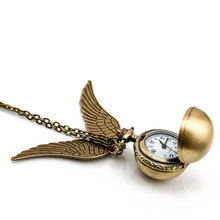 Fashion Woman Golden Wing Pendant Harry Potter Golden Snitch Antique Pocket Watch Girl Women Gift Quartz Watch