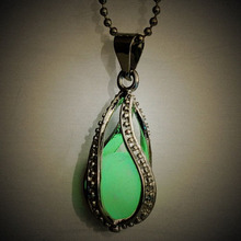 1PC Brighht Silver Tone Charm Pendant Necklace Luminous Green Necklace Hollow Spiral Charm Pendant Necklace