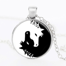 SUTEYI Horse Necklace Jewelry Yin Yang Black and White Animals Art Pendant Glass Photo Charms Photo medallion pendant Necklace