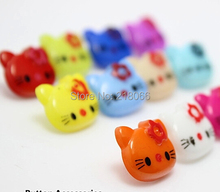 10 Mixed Plastic buttons Hello Kitty clothing accessories(China)