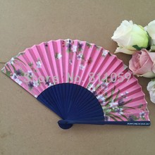 Free shipping 50pcs/lot personalized bamboo silk folding fan wedding hand fan with bride & groom's name and wedding date