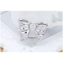 Silver Bowknot Brooch Pins Multipurpose Broche Corsage Clothing Fashion Inlay Crystal Diamonds Brooches For Women Jewelry X132