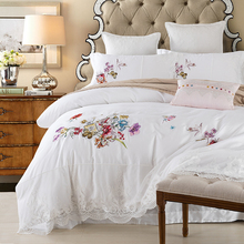 2017 Summer Queen/King 100%cotton Bed Set lace Embroidery Bedding Set Boho Style Bedding Moroccan Paisley Duvet Cover Set 4 PCS