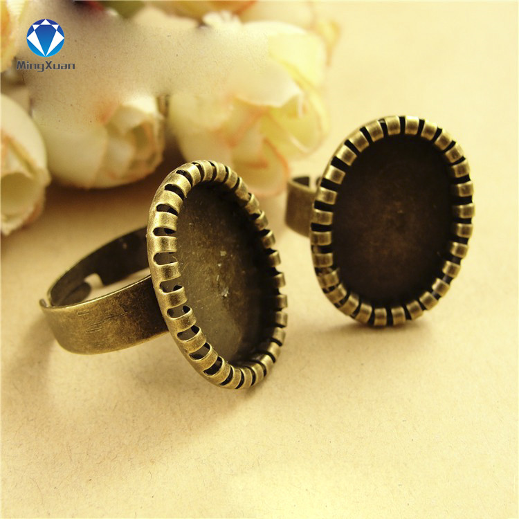 MINGXUAN 20pcs/lot Finger Ring Channel Antique Bronze Setting Rings Fit inner 18*13 mm cabochon beads C722(China (Mainland))