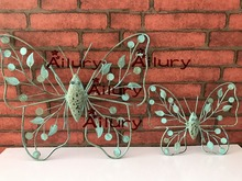 Free shipping,old antique iron dragonfly small butterfly animal shaped pendant cafe mural wall decoration,home decor(China)