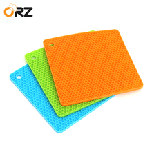 ORZ 3PCS 19*19cm Silicone Table Mat Square Durable Non-Slip Placemat Pot Dish Heat Resistant Hot Pad Kitchen Tools Tableware(China)