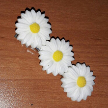 Girls Daisy Hair Clip Barrette Metal Flower Bobby Pins Women Korean Style Hair Clips For Women Hair Accessories