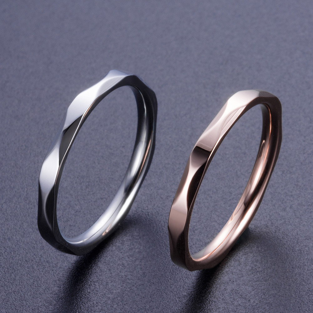 High-quality 2 color sale cheap bling female Prismatic fine ring Stainless Steel women's ring new year gifts