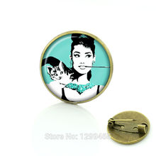 Wholesale Celebrity Vintage Style Audrey Hepburn Brooch /pins Glass cabochon dome  pin Christmas Gift for friends C111