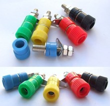200pcs x 5 Color Binding Post Speaker Terminal 4mm Banana Plug Jack Connector