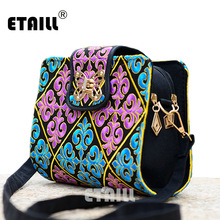2016 Hot Sale Ethnic Vintage Embroidered Canvas Cover Shoulder Messenger Bags Hmong Handmade Multicolor Embroidery Small Bags