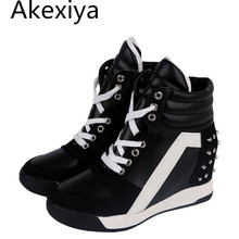 Akexiya Hot Sales Autumn Rivets Black White Hidden Wedge Heels Casual Shoes Women's Elevator High-heels Boots For Women 7D03